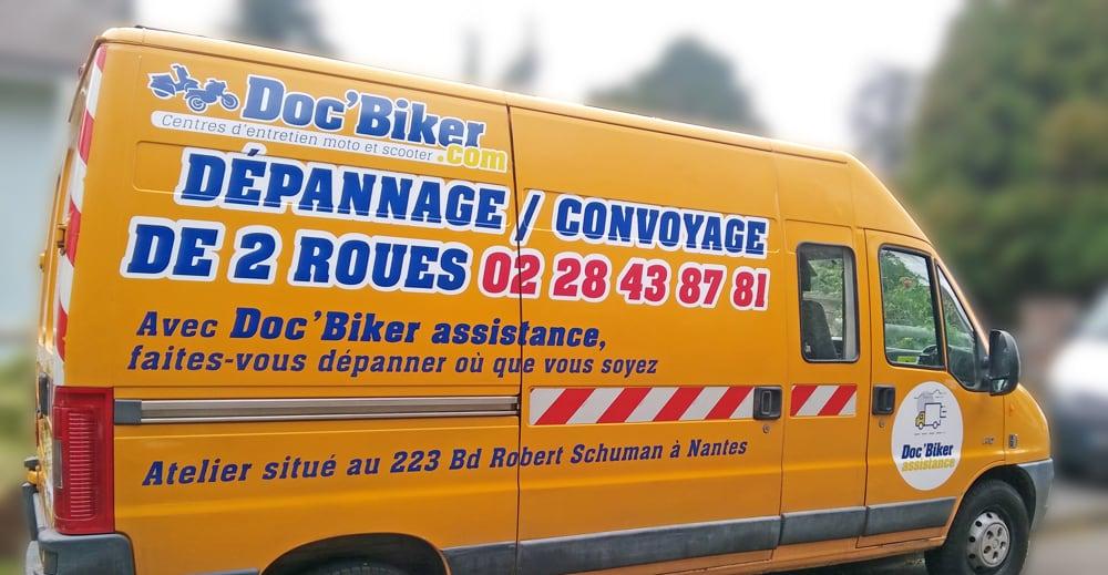 Marquage véhicule d'intervention DOC'BIKER Nantes
