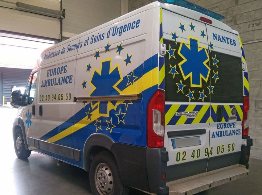 Semi-covering pour europe ambulance à Orvault